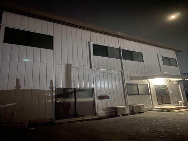 鉄骨プレハブ屋根外壁油性塗料塗装工事